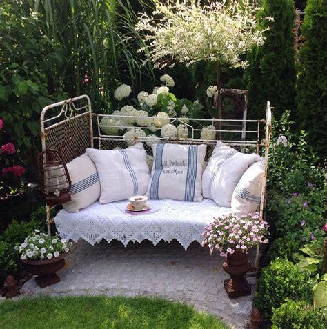 Alteseisenbettgartendeko  Garten Pinterest