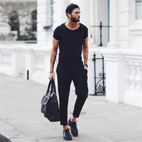 8 Absolutely Stunning Minimalist Looks You Can Steal