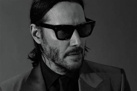 keanu reeves appears    photoshoot  gq  pics