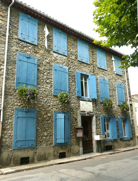 paroles c est une maison bleue panoramio photo of c est une maison bleue
