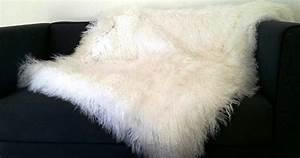 Plaid Blanc Fourrure : accessoires en laine boutique only mouton ~ Teatrodelosmanantiales.com Idées de Décoration