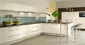 Weiße Arbeitsplatte Küche : wei e k che dunkle arbeitsplatte heller boden mieszkanie pinterest ~ Sanjose-hotels-ca.com Haus und Dekorationen