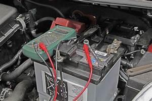 Wo Autobatterie Kaufen : autobatterie wechseln autobatterie wechseln eine schritt f r schritt anleitung autobatterie ~ Orissabook.com Haus und Dekorationen