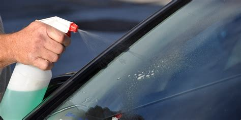 How To Remove Hard Water Spots From Your Auto Glass