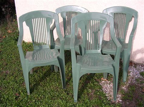 table et chaise de cing beautiful relooker une table de jardin en plastique