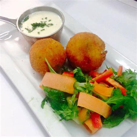 ac cuisine chimes restaurant highbury ac