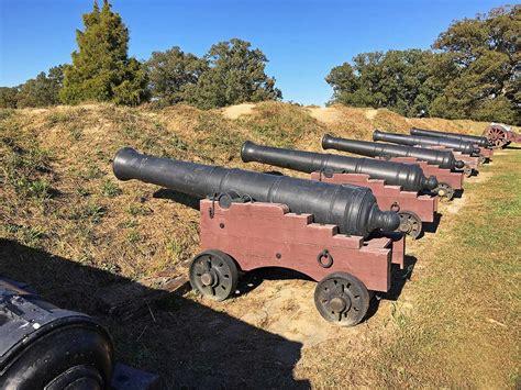 siege canon siege cannon yorktown balttlefield 7492 r2 joe tyson