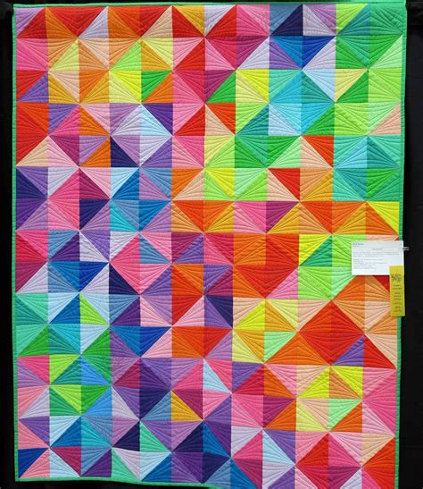 colorful quilt colorful hst quilt by reams photo by pursuit of