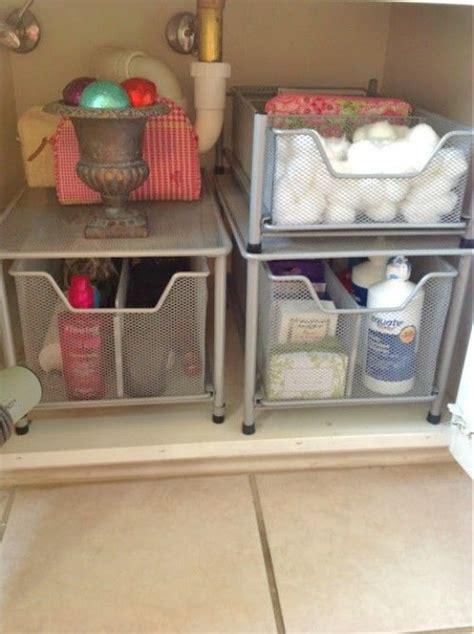 ways  organize   bathroom sink dorm room
