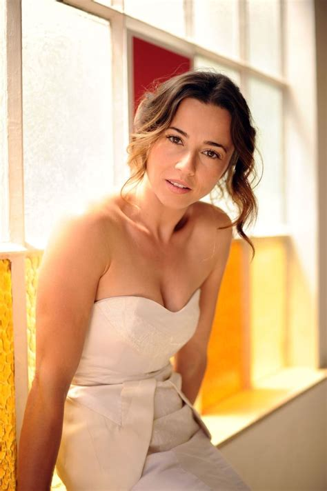 hot videos netflix instagram 78 images about linda cardellini on pinterest glow