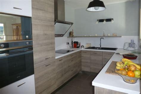 credence pour cuisine grise une cuisine qui a tout d une grande le