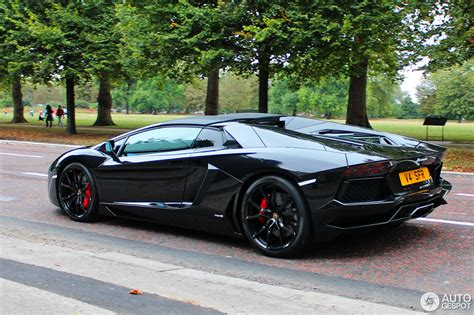 lamborghini aventador lp700 4 roadster black lamborghini aventador lp700 4 roadster 19 september 2016 autogespot