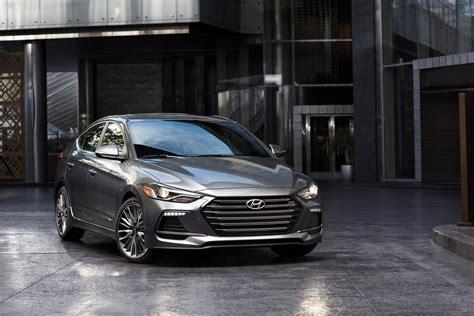 2017 Hyundai Elantra Sport Boasts Irs, Turbo Engine