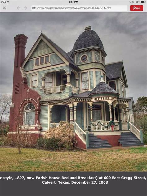 images  victorian house  pinterest queen anne house colors  federal