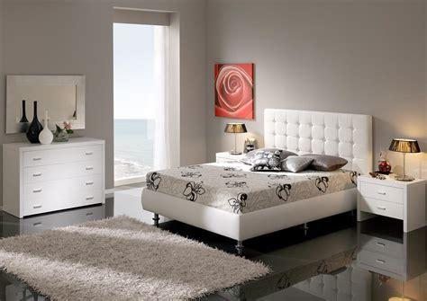 white modern bedroom furniture acheter votre lit capitonn 233 contemporain en cuir noir avec 17853 | D 1610