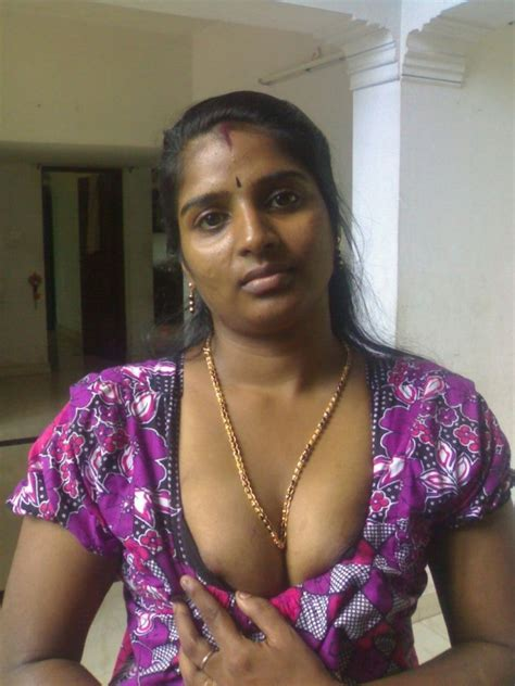 Kerala Aunty Photo Album By Livetogether