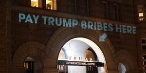 Trump's hotel in DC appears to have been briefly ...