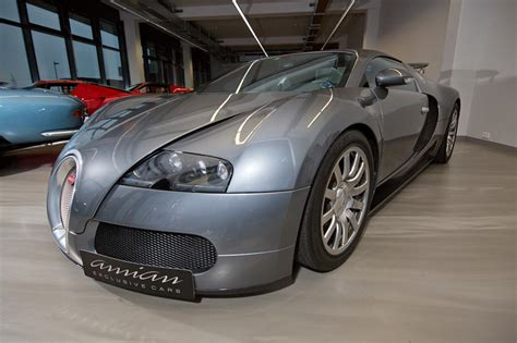 This car is named in honour of pierre veyron,winner of the 1939 lemans 24 hour race. Bugatti Veyron 16.4 - Luxury Pulse Cars - - For sale on LuxuryPulse.