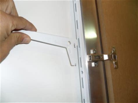 Binari Per Mensole Sportello Raso Muro Filomuro Con 3 Mensole Misura 60 X 200