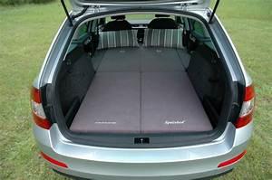 Auto Schlafen Matratze : sleeping in the car skoda octavia combi ~ Jslefanu.com Haus und Dekorationen