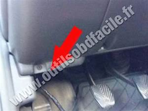 OBD2 connector location in Chrysler Neon (1994 - 2005