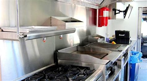 Gorgeous 2007 Freightliner Mobile Kitchen  Top End
