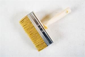 Auf Latexfarbe Tapezieren : holzplatte tapezieren so gehen sie am besten vor ~ Frokenaadalensverden.com Haus und Dekorationen
