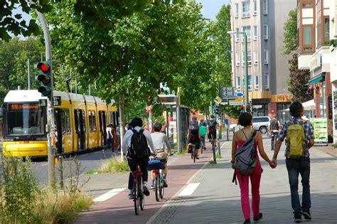 Bloomington Aldermen To Discuss 'Complete Streets' | WGLT