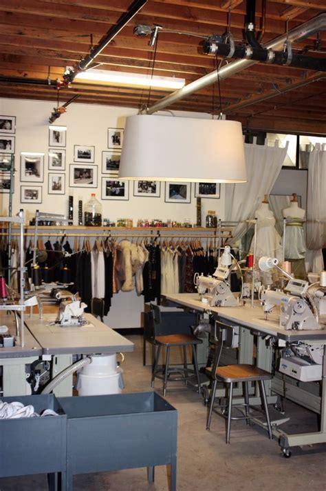 bureau emploi qu饕ec les 224 meilleures images du tableau pour mon atelier boutique sur atelier de couture espaces de travail et atelier
