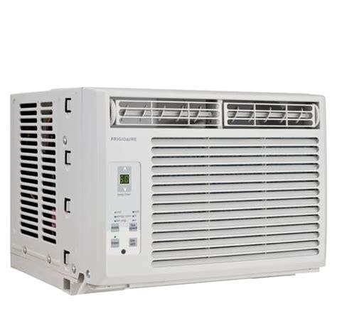frigidaire 5 000 btu window mounted room air conditioner white ffre0533s1