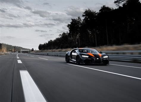 Bugatti chiron super sport 300+, bugatti centodieci, bugatti « la voiture noire » : BUGATTI CHIRON SUPER SPORT 300+ - PlanetCarsz