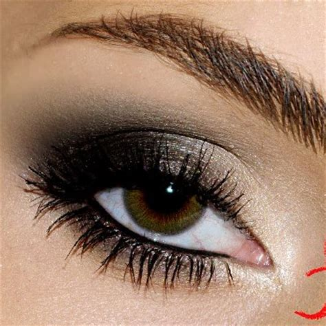 fabulous dark smokey eyeshadow tutorial amazingmakeupscom