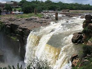 Journeys across Karnataka: Gokak Waterfall and Hanging Bridge
