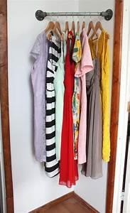 Kleiderstangen Für Die Wand : kleiderstange als diy idee f r die ausbreitung des kleiderschrankes room pinterest ~ Frokenaadalensverden.com Haus und Dekorationen