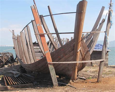 Boat Building by File Plank On Frame Boatbuilding Jpg