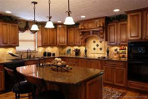 Pictures of Kitchens - Traditional - Medium Wood Cabinets