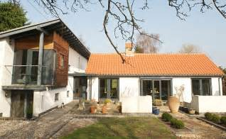 transformed   bungalow    modern masterpiece daily mail