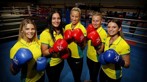 Boxer michaela walsh launched into a bizarre rant about her australian opponent, skye nicolson, after missing out on commonwealth gold on the gold coast on a judge's decision. Commonwealth Games 2018: Taylah Robertson wins Australia's ...