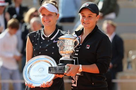 Three of these four women will win medals, but only two will move on to the gold medal match. Barty vs Vondrousova tennis live streaming, preview and ...