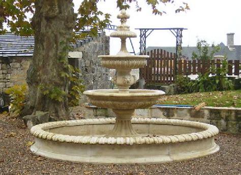 fontaine de jardin en reconstituee fontaine en reconstituee rhone