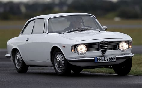 alfa romeo giulia sprint gt wallpapers  hd