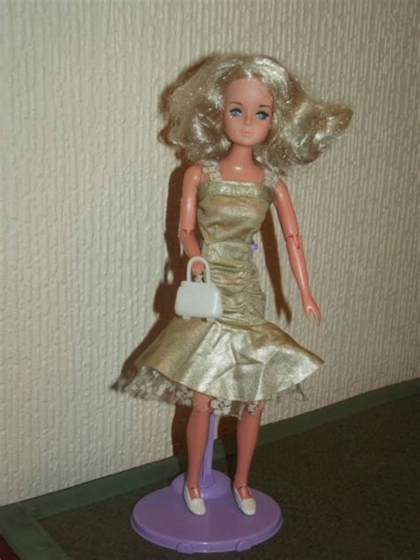 80s betty teen doll by tong 14 99 2 7 dolls dolls and more dolls pinterest dolls