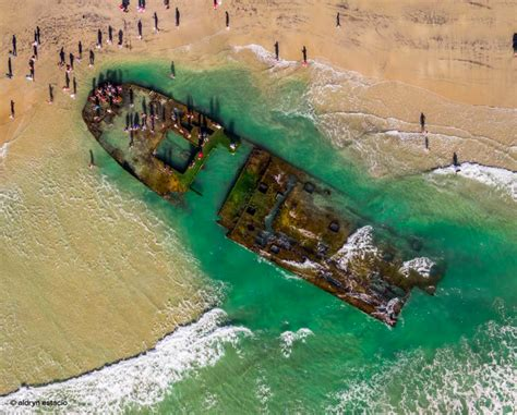 amazing shipwreck  coronado beach  exposed