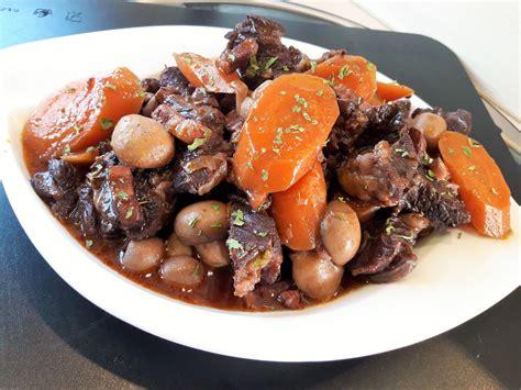 cuisiner basse c e de boeuf bourguignon de bœuf au micro minute la recette facile