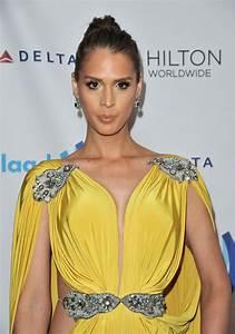 Carmen, Carrera, At, 2014, Glaad, Media, Awards, In, Los, Angeles