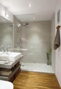 Petites Armoires Salle De Bain by 17 Best Ideas About Am 233 Nagement Salle De Bain On Pinterest