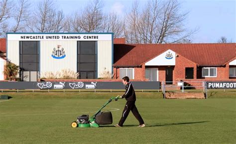 Newcastle United training update gives clues for team v ...