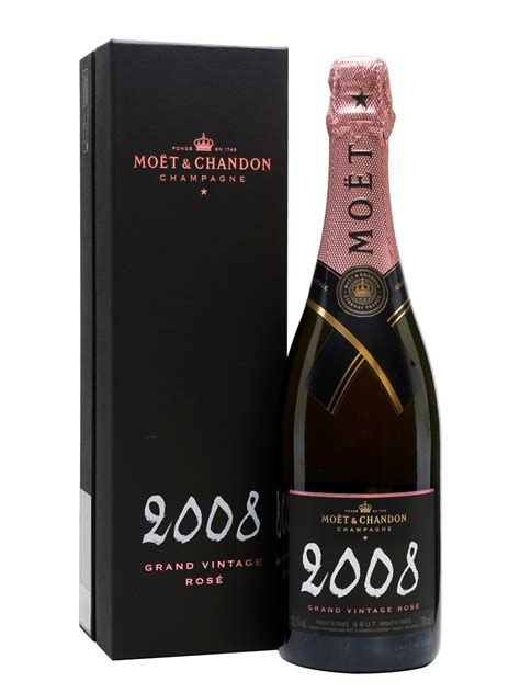 what is chagne made moet chandon grand vine 2000 gift box gift ftempo