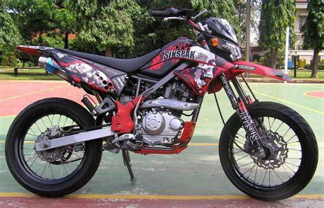Harga Modifikasi Motor Trail by Foto Modifikasi Motor Kawasaki Klx 150s D Tracker Dan Klx