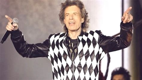 mick jagger freundin new photos of mick jagger s posted he s